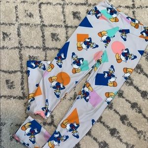 Donald Duck/Disney LuLaRoe leggings!